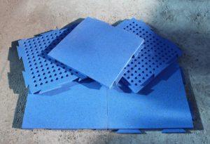 Производство резиновой плитки с замковым соединением